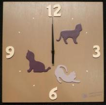 Horloge chats violine fond taupe chiffres crème